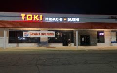 Toki Hibachi & Sushi is the newly opened Japanese cuisine restaurant that replaced Fuji Steakhouse. It looks familiar in style as Fuji, however, it breathes fresh air when you walk in the front door.