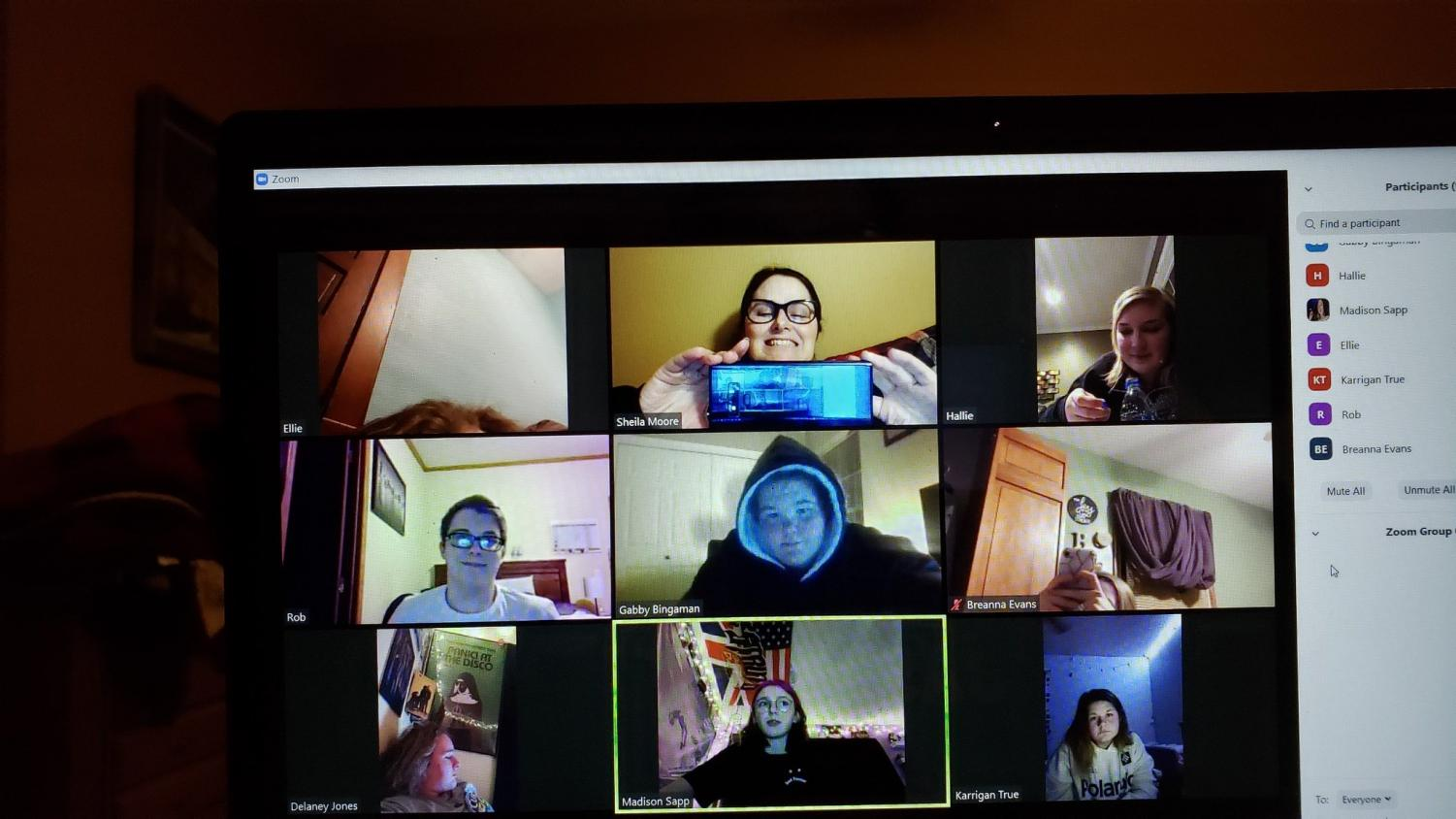 The+Meridian+Moments+yearbook+staff+has+a+virtual+meeting+on+Zoom.+The+staff+figured+out+what+is+in+the+best+interest+of+the+book.+
