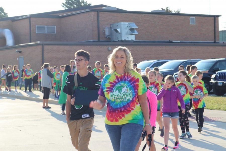 Fourth grade starts their journey around Blue Mound for annual walk-a-thon fundraiser. The elementary school does this fundraiser to help fund things throughout the school year for the students.
