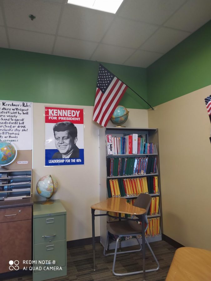 Picture from the class of Evan Kershner. The American flag is displayed in each classroom at Meridian, a concept you would not find in France.